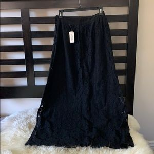 Forever 21 fully lace black maxi skirt